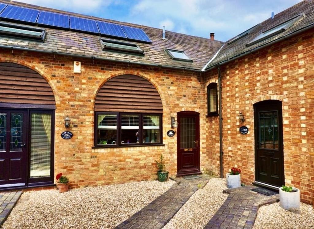 Barn Lane, Sedgeberrow, Evesham, WR11 7UR