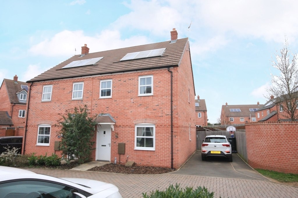 Langston Way, Bidford-on-avon, Alcester, B50 4FZ